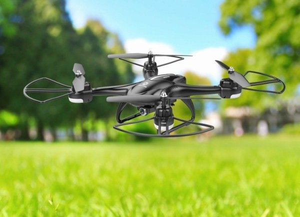 Holy-Stone-HS200D-FPV-RC-Video-Camera-Drone.jpg